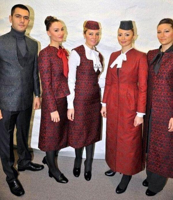 Hostes Kıyafetleri