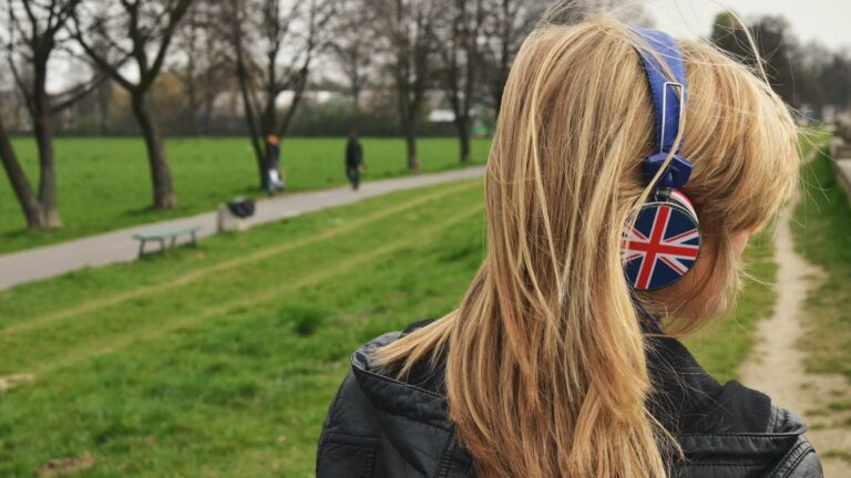 İngilizce kulaklık